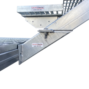 Landing to Landing Bracket for Stair Stringers - LevelMaster Australia